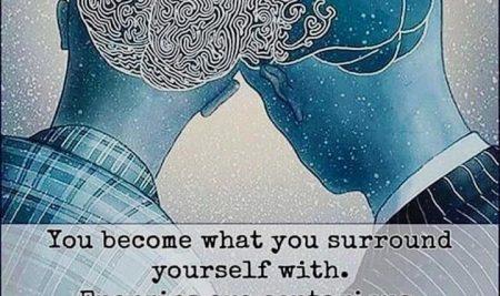 Obkrožite se z veselimi in pozitivnimi ljudmi